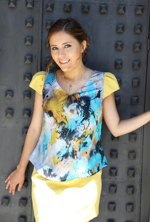 vestido corto amarillo Clara