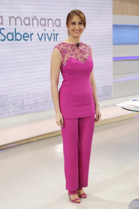 Ana Bellón lleva un conjunto de Valérie Moreau à la télévision española