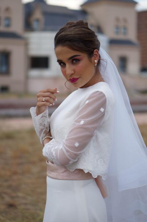 blusa elegante novia