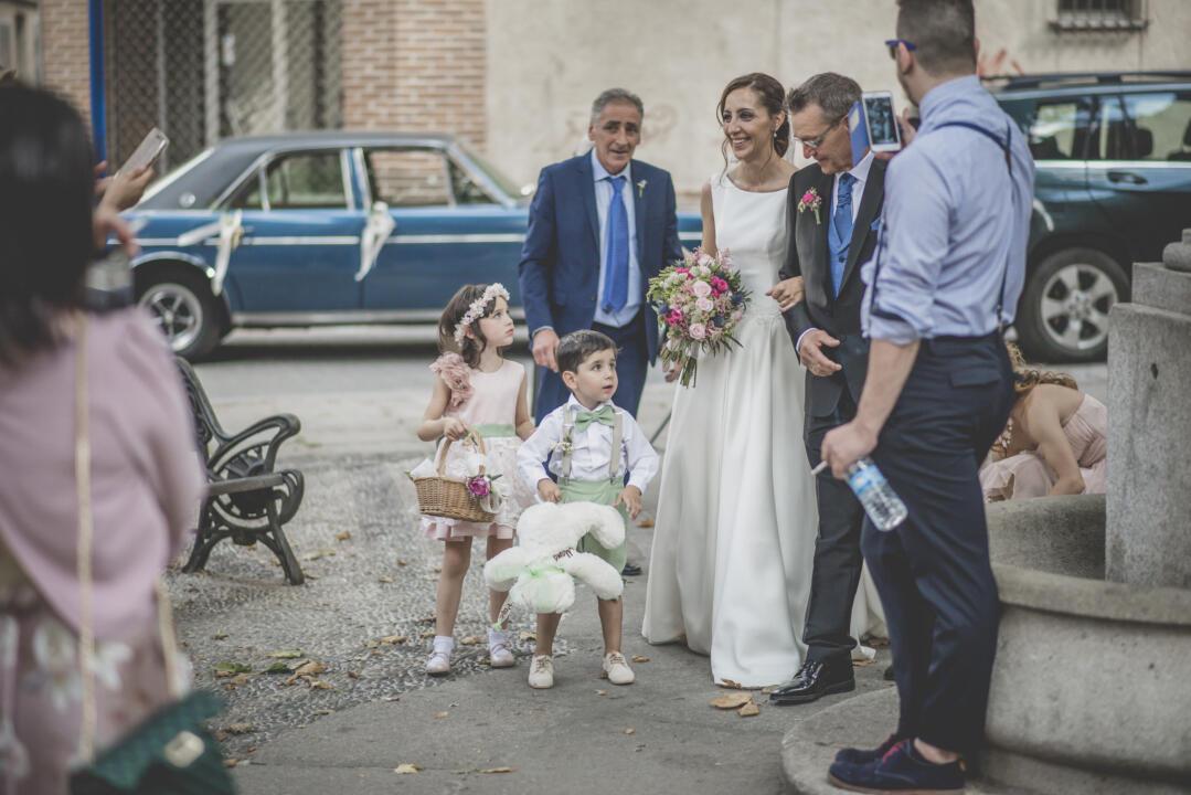 trajes de pajes para bodas